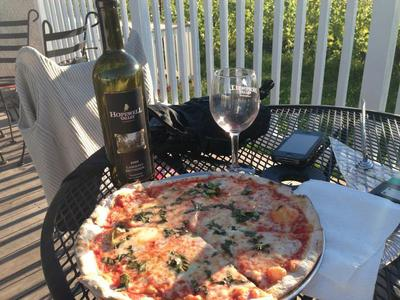 Pizza & Cabernet on the deck!